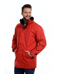 Piros Bélelt férfi dzseki